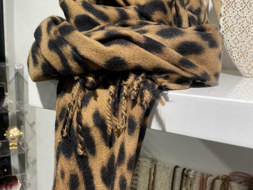 étole léopard carcassonne toulouse montpellier_Nell Boutique